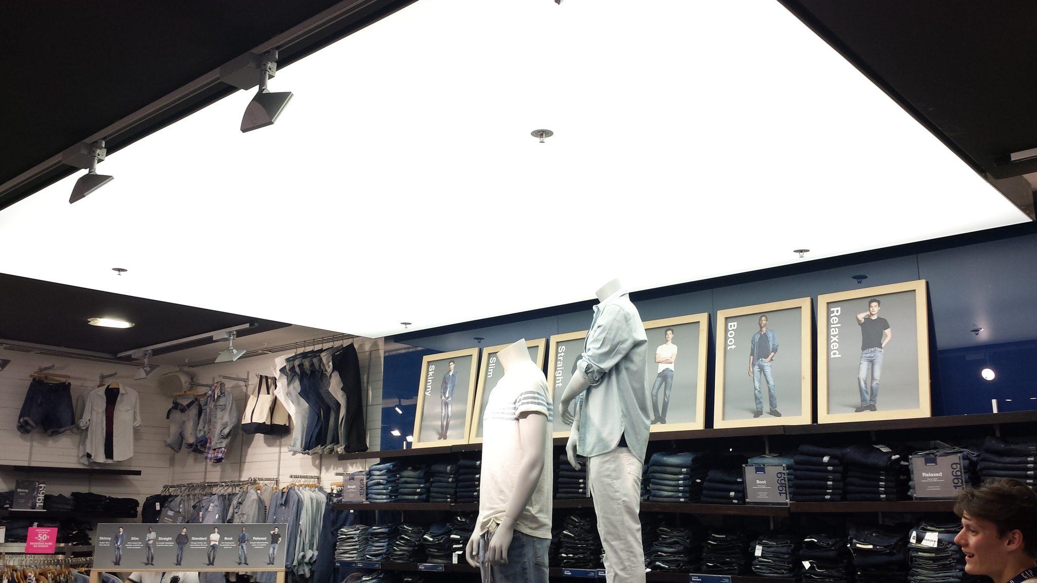 plafond éclairant